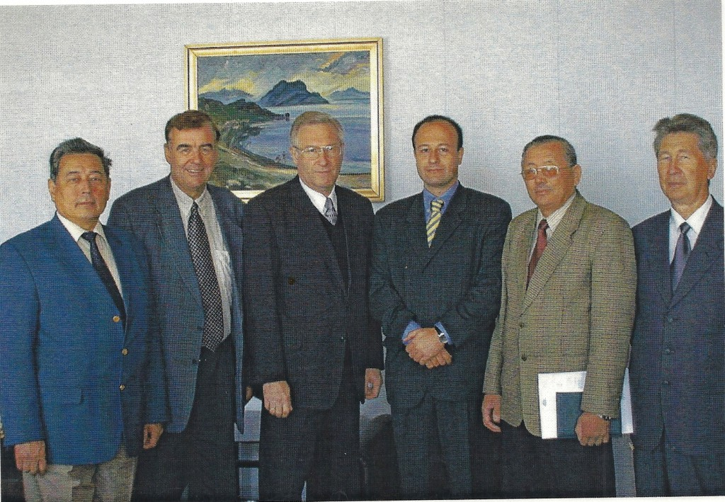 Augusto Soto with Professor Hanno Schaumburg (Hamburg University of Technology), rector Gennady Nikolayevich Gamarnik and authorities of the East Kazakhstan Technical University (EU team), EU funded project, Ust-Kamenogorsk and Semipalatinsk, September 2001